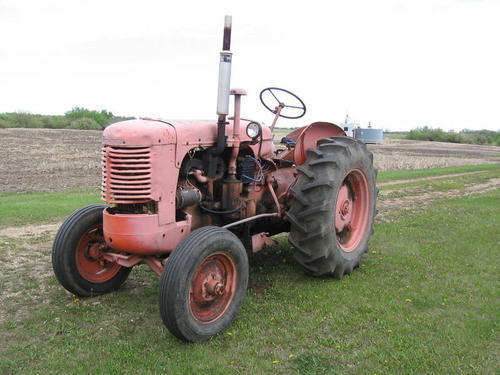 1947 Case Tractor : Old case tractor pictures
