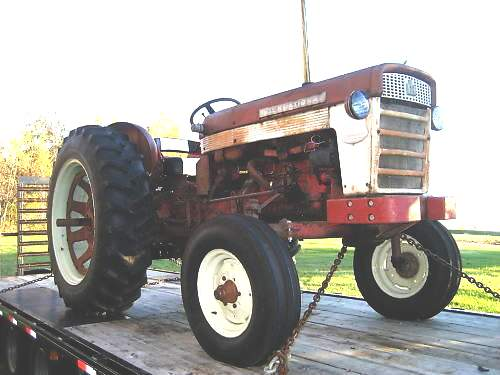 Ih 460 Utility Tractor : Old international tractors