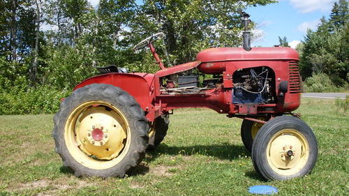 1952 Massey Harris Pony Tractor : Ferguson t pictures to pin on pinterest daddy